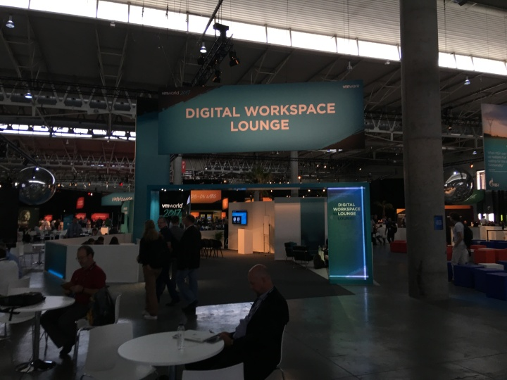 Digital Workspace Lounge 2